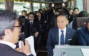 SPACE-21平成29年度総会バス車内